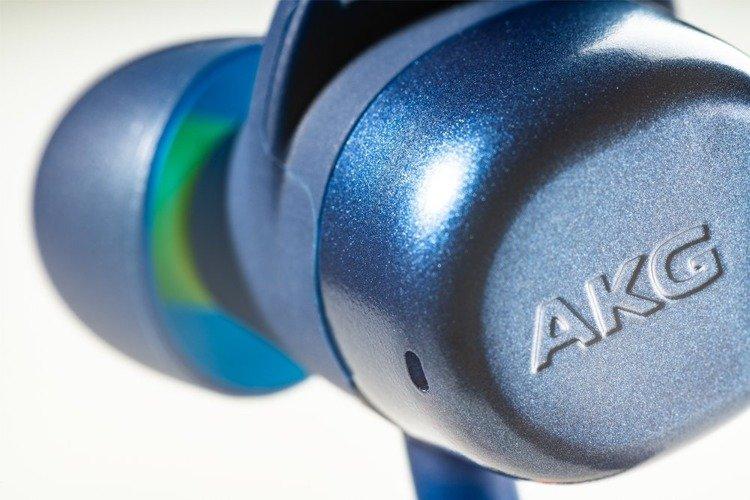 Samsung AKG N200A Słuchawki BT Niebieskie (GP-N200HAHHFAB)